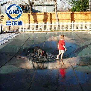 Tấm che hồ bơi Landy bảo vệ cho trẻ em