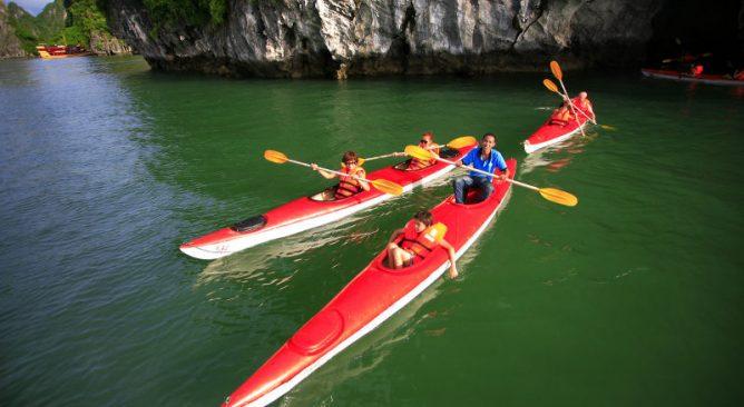 Kinh nghiệm khi chèo thuyền Kaya trên vịnh Hạ Long